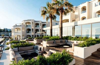 TUI BLUE Meltemi Blu hotel Santorini Griekenland